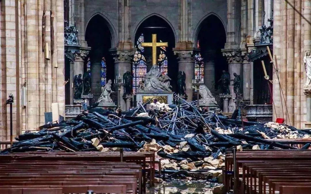巴黎圣母院-1