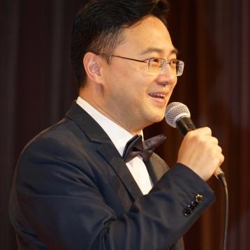 著名主持人:李昌林